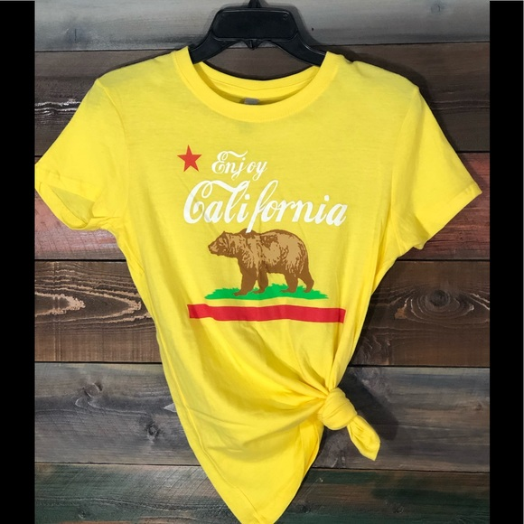 Tops - California Republic T-Shirt; size Large